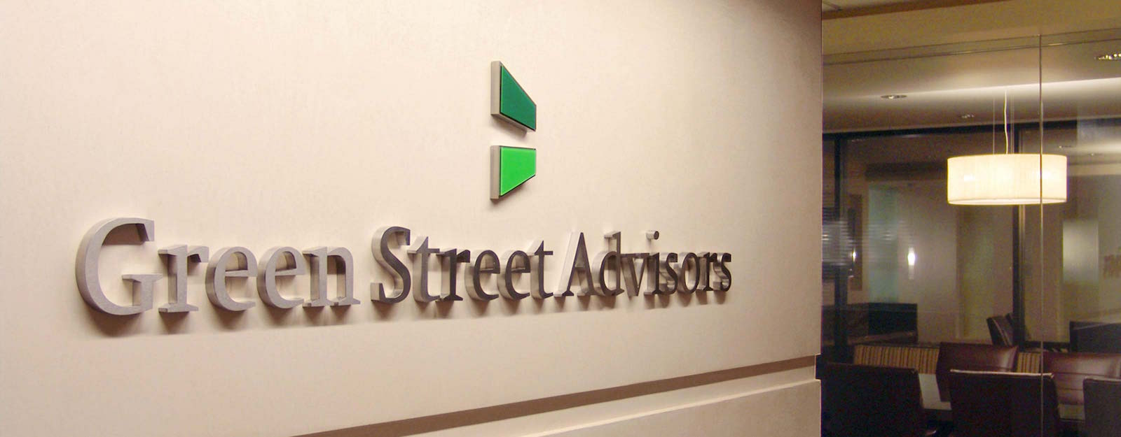 Green Street Advisors sign